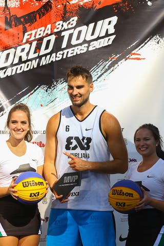 Ljubljana accepts their FIBA 3x3 World Tour Saskatoon award.