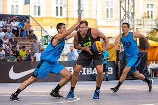 6 Piotr Wojcik (POL) - 4 Stefan Stojačić (SRB)