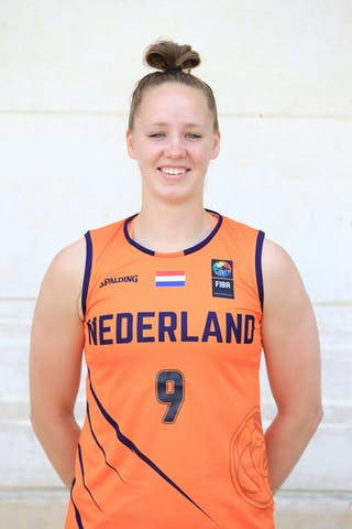 9 Esther Fokke (NED)