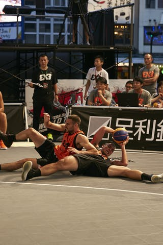 6 Liu Yu-chen (TPE) - 3 Bogdan Dragovic (SRB)