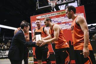Team Novi Sad receives an award, FIBA 3x3 World Tour Tokyo Final 2014, 11-12 october