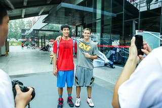Pro dunker with a fan, 2014 World Tour Beijing, 3x3game, 2-3 August.