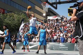 6 Xavier Zambrana (PUR) - 6 Nolan Brudehl (CAN) - Saskatoon vs Gurabo in the FIBA 3x3 World Tour Saskatoon 2017 semi final