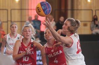 13 Simone Sill (AUT) - 4 Anna Pawłowska (POL) - 10 Magdalena Maria Parysek-bochniak (POL)