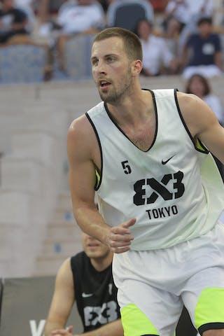 5 Petar Perunovic (JPN)