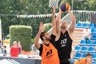 5 Ivan Nedeljkovic (SRB) - 7 Roman Albrecht (SUI)
