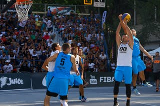 5 Michael Lieffers (CAN) - 4 Jasmin Hercegovac (SLO) - Ljublijana vs Saskatoon in the FIBA 3x3 World Tour Saskatoon 2017 final