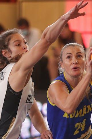 24 Ancuţa Stoenescu (ROU) - 7 Jennifer Crowder (GER)