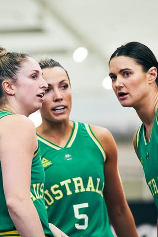 5 Maddie Garrick (AUS) - 4 Bec Cole (AUS) - 8 Alice Kunek (AUS) - Game1_Pool B_Japan vs Australia