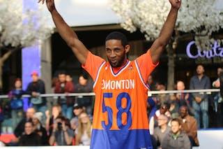 NY Harlem narrowly beats Ralja to win the championship game.