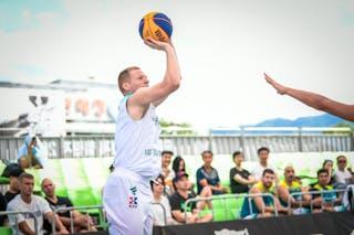 1 Ivan Popovic (SRB)