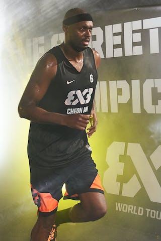 6 Rodrique Benson (KOR)