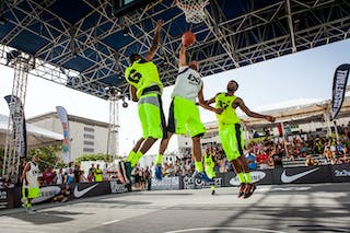 Santurce vs NY Staten, dunk between two defenders at the San Juan Masters 10-11 August 2013 FIBA 3x3 World Tour, San Juan, Puerto Rico