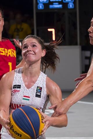 2 Klaudia Papp (HUN) - 1 Núria Martínez (ESP)