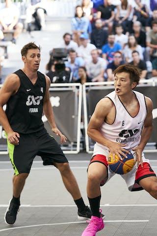 4 Simon Finzgar (SLO) - 6 Daisuke Kobayashi (JPN)