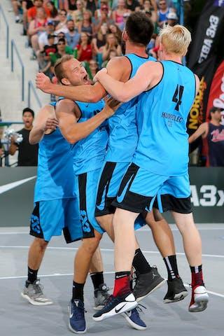 6 Roman Zachrla (CZE) - 5 Ondřej Dygrýn (CZE) - 4 Vojtěch Rudický (CZE) - 3 Ondřej šiška (CZE) - Hamamatsu vs Humpalec at FIBA 3x3 Saskatoon 2017