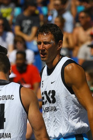4 Jasmin Hercegovac (SLO) - 5 Ales Kunc (SLO) - Ljubljana vs Hamilton in the FIBA 3x3 World Tour Saskatoon 2017 semi final
