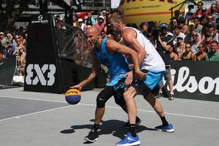 3 Sean Van Koughnett (CAN) - 7 Blaz Cresnar (SLO) - Ljubljana vs Hamilton in the FIBA 3x3 World Tour Saskatoon 2017 semi final