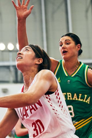 8 Alice Kunek (AUS) - 30 Mio Shinozaki (JPN) - Game1_Pool B_Japan vs Australia