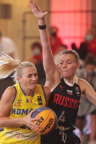 4 Yuliana Samorodova (RUS) - 21 Anca Sipos (ROU)