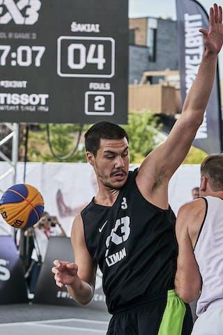 3 Mihailo Vasic (SRB) - 6 Marijus Uzupis (LTU)