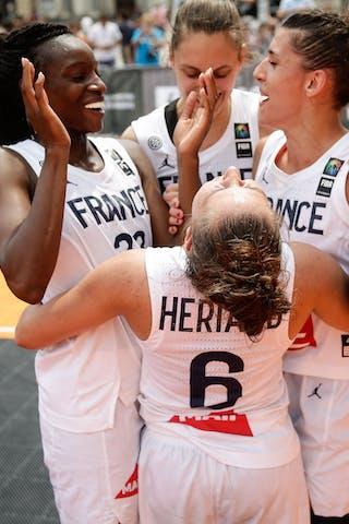28 Migna Touré (FRA) - 12 Laetitia Guapo (FRA) - 11 Ana Maria Filip (FRA) - 6 Caroline Hériaud (FRA)