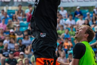 2 Aron Roijé (NED) - 6 Kyle Landry (CAN)
