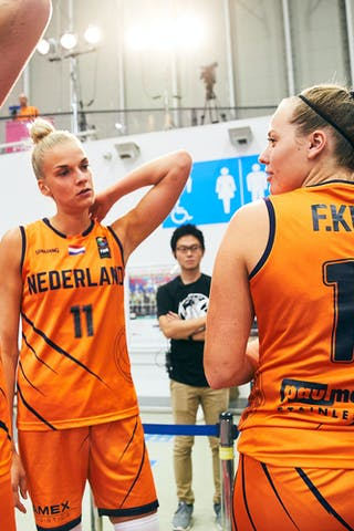 9 Esther Fokke (NED) - 11 Jill Bettonvil (NED) - 18 Fleur Kuijt (NED) - Game5_Pool B_Japan vs Netherlands