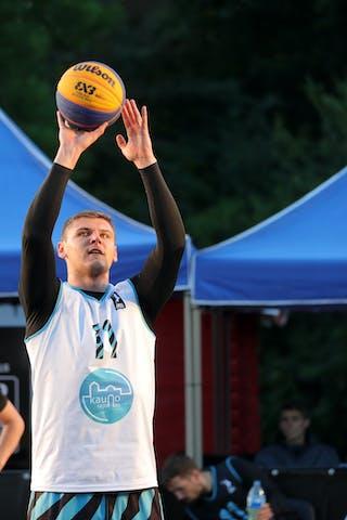 11 Ilia Karpenkov (RUS)