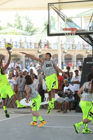 #4 Antonio Price. Team Louisville. 2014 Chicago World Tour. 3x3 Game. 15 August. Day 1.
