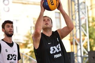 6 Lucas Dussoulier (FRA) - 6 Gašper Ovnik (SLO)