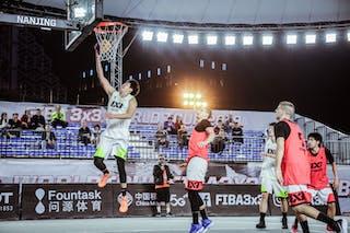 4 Dongyang Feng (CHN)