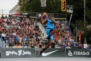 Slam dunk event at FIBA 3x3 Saskatoon 2017