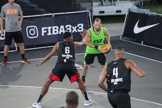 4 Alan Vitor (BRA) - 6 Italo Pereira (BRA) - 1 Damon Huffman (USA)