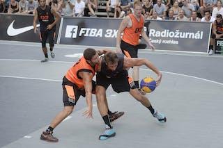 Ub v Cremona, 2015 WT Prague, Pool, 8 August 2015