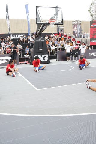 Dmitry 'Smoove' Krivenko Nike clinic, 2014 World Tour Beijing, 3x3game, 2-3 August.