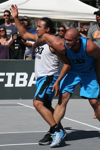6 Xavier Zambrana (PUR) - 4 Michael Linklater (CAN) - Saskatoon vs Gurabo in the FIBA 3x3 World Tour Saskatoon 2017 semi finals