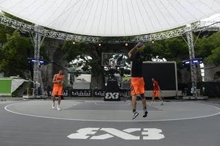 Warming up, FIBA 3x3 World Tour Lausanne 2014, 29-30 August.