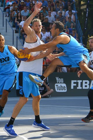 4 Jasmin Hercegovac (SLO) - 6 Nolan Brudehl (CAN) - 4 Michael Linklater (CAN) - Ljublijana vs Saskatoon in the FIBA 3x3 World Tour Saskatoon 2017 final