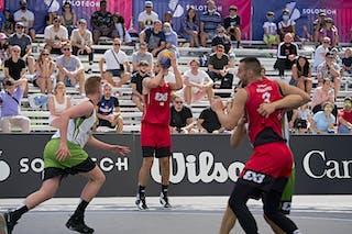 FIBA 3x3, World Tour 2021, Montréal, Canada, Esplanade de la Place des Arts. MAN Ub vs. Old Montreal