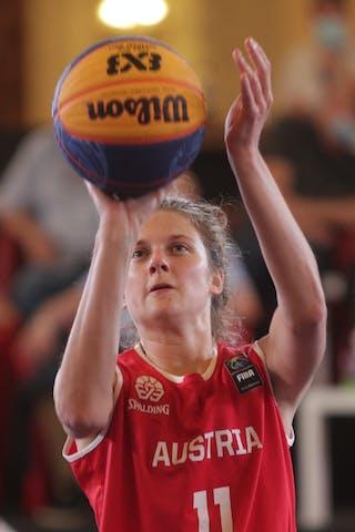 11 Camilla Neumann (AUT)
