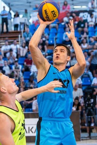 4 Dragan Bjelica (SRB) - 6 Ivan Popovic (SRB)