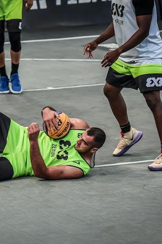 2 Marcel Esonwune (USA) - 7 Nikola Vukovic (SRB)