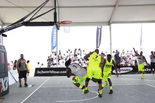 #7 David Taylor, Team Philadelphia, #7 Willie Murdaugh, Team Saskatoon, 2014 World Tour Chicago, 3x3 game, 16 August, Day 2.