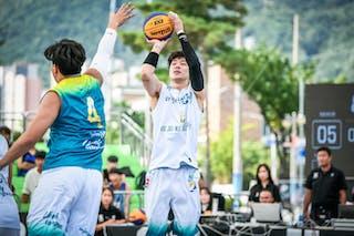 2 Hyun Seoung Lee (KOR)