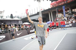 Dmitry 'Smoove' Krivenko, Nike clinic, 2014 World Tour Beijing, 3x3game, 2-3 August.