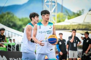 2 Hyun Seoung Lee (KOR) - 3 Jinsu Park (KOR)