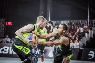 5 Jordan Demercy (CHN) - 4 Inderbir Singh Gill (JPN) - Hamamatsu v Wukesong, 2016 WT Beijing, Pool, 16 September 2016