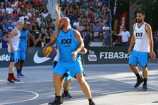 6 Roman Zachrla (CZE) - 6 Xavier Zambrana (PUR) - Humpolec vs Gurabo FIBA 3x3 Saskatoon 2017 (Can)