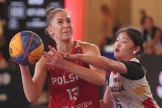 13 Klaudia Sosnowska (POL) - 6 Minjin Ganbat (MGL)